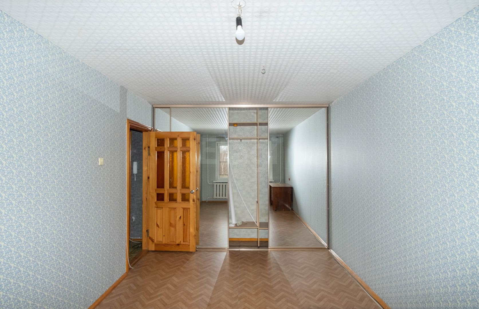 Продажа 1-комнатной квартиры, Златоуст, 5-я линия пр-та им. Ю.А. Гагарина,  5а