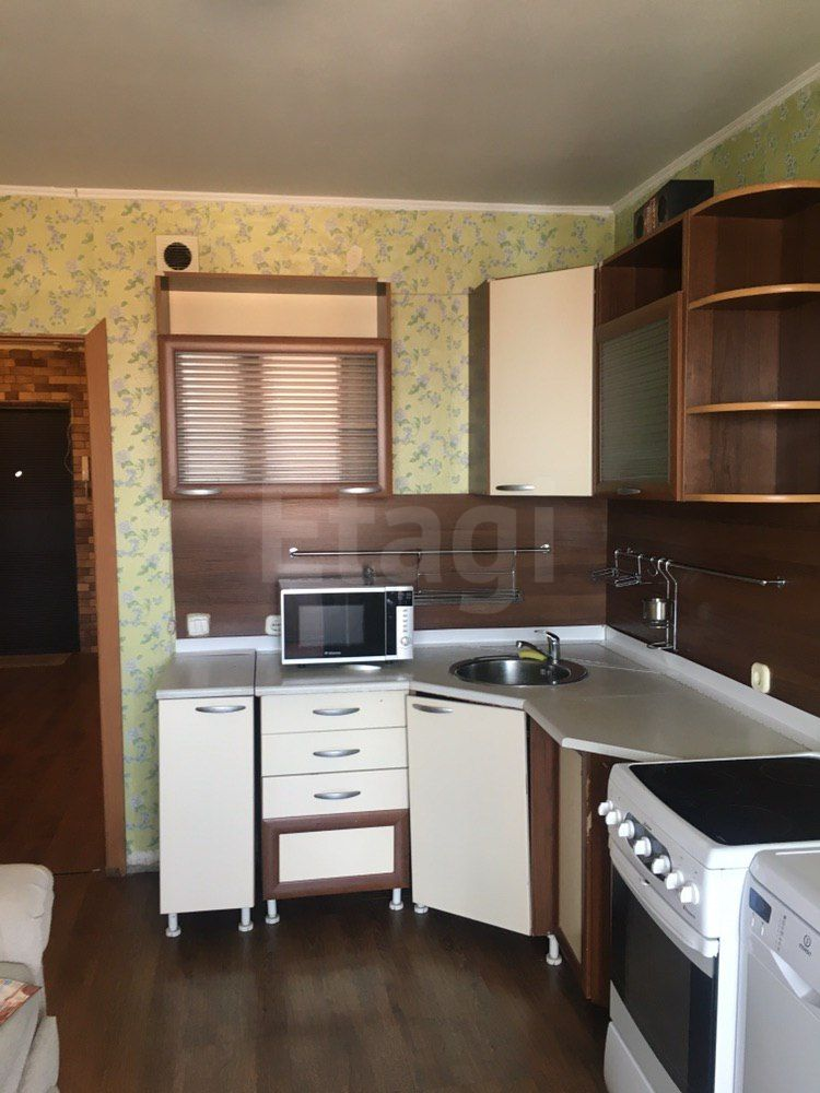 Продажа 1-комнатной квартиры, Красноярск, Алексеева,  33