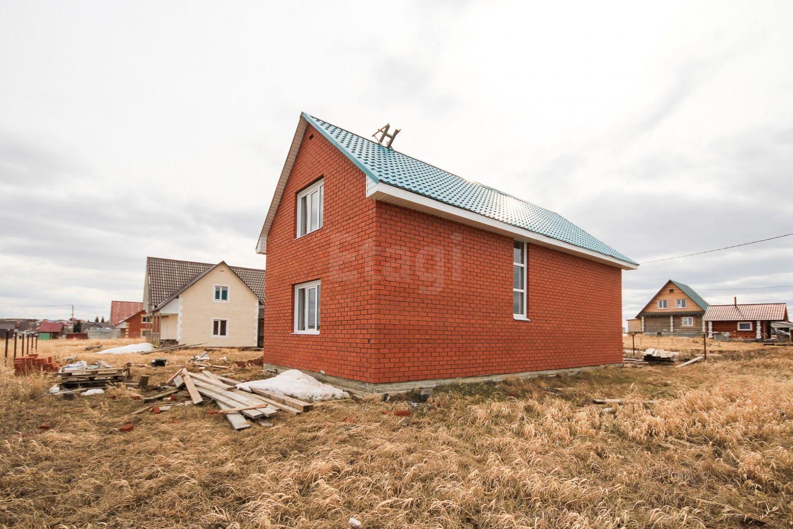 двухэтажный дом площадью 140 кв. м. находится в д. заполье култаевского сельского п ...