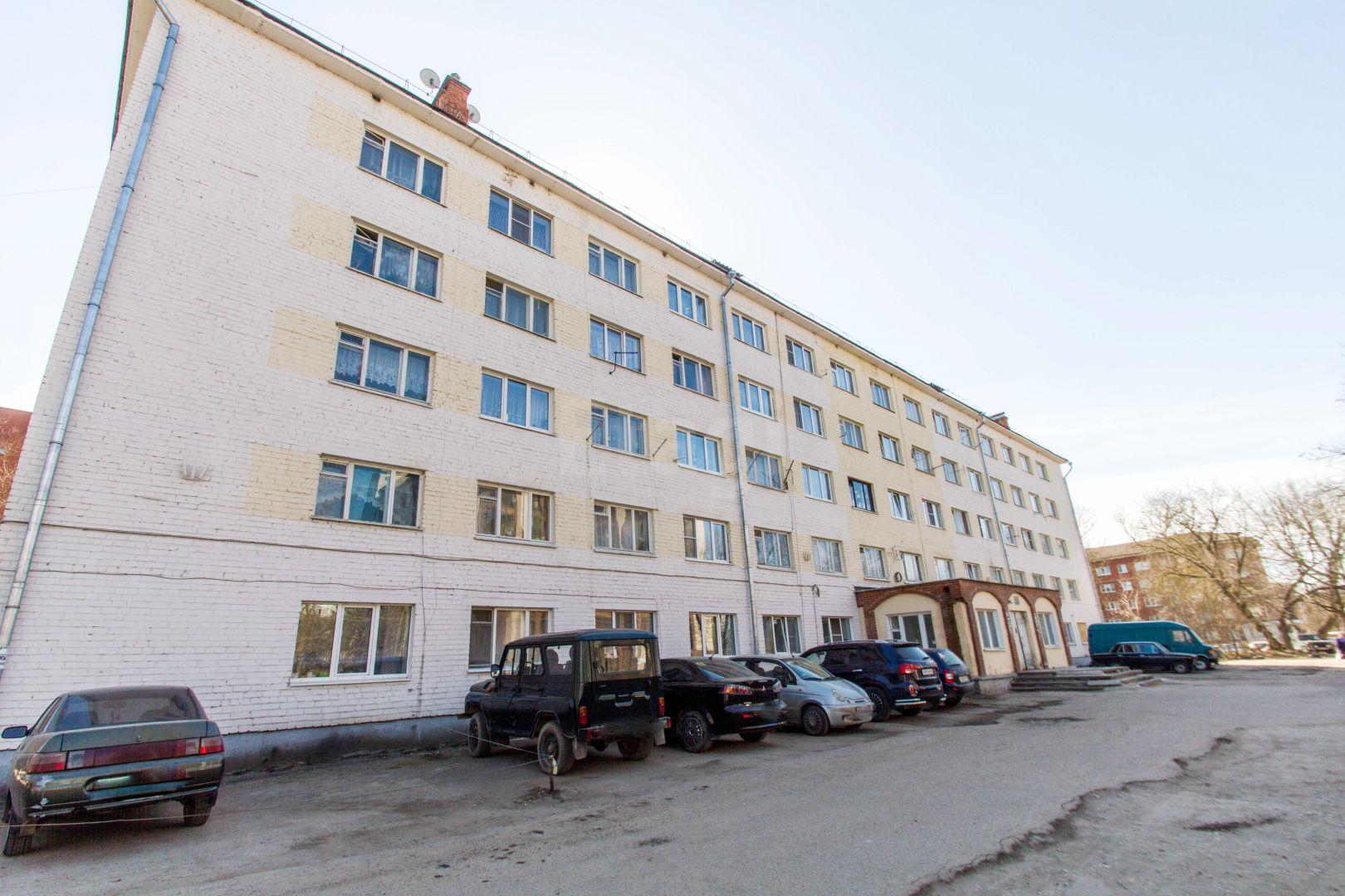 Продажа комнаты, г. Калуга, Салтыкова-Щедрина  74