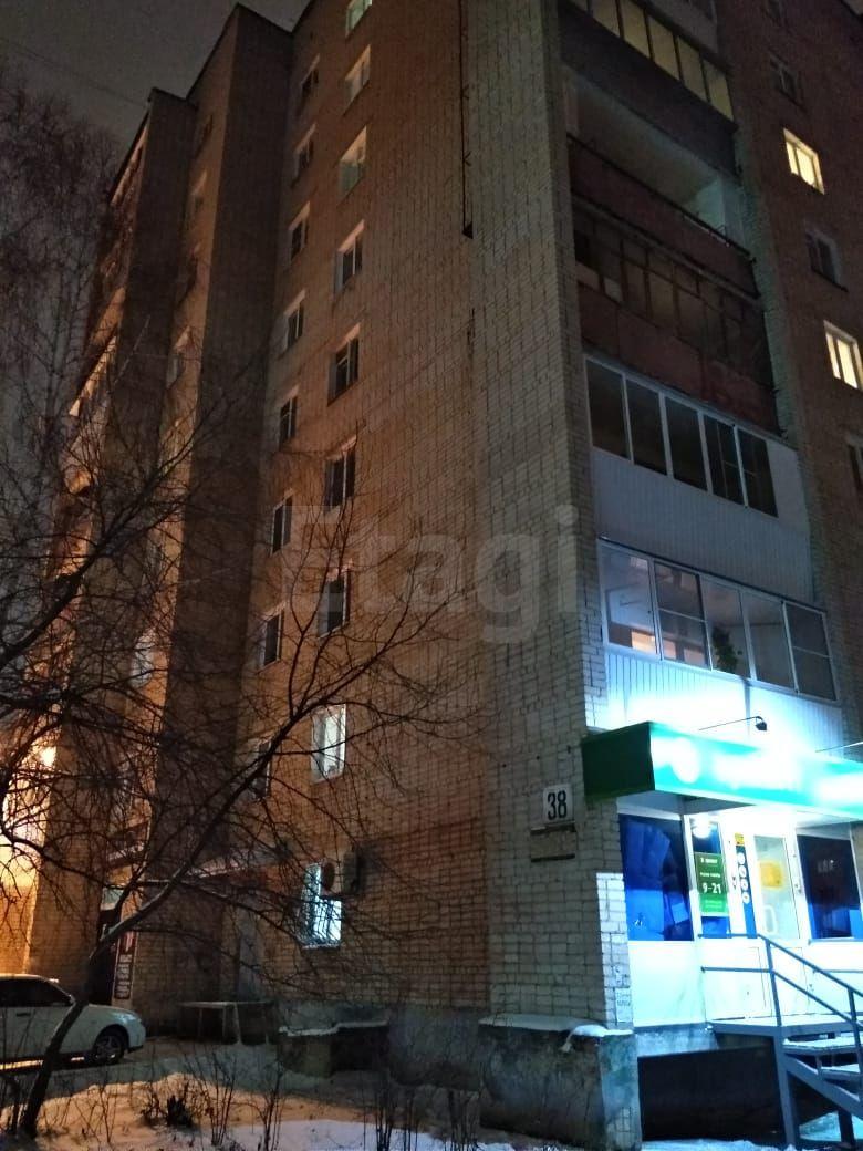 Продажа 1-комнатной квартиры, Златоуст, 40-летия Победы,  38