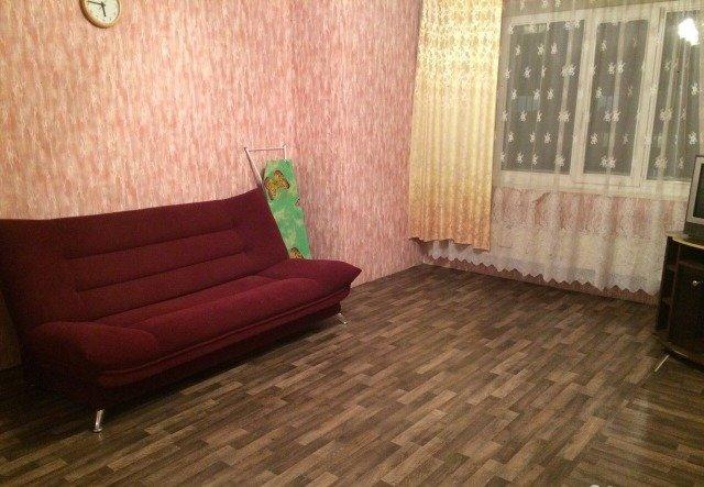 Объявление. г. Сургут, 1-комн.кв. 45кв.м, Игоря Киртбая, 13. Фото 2