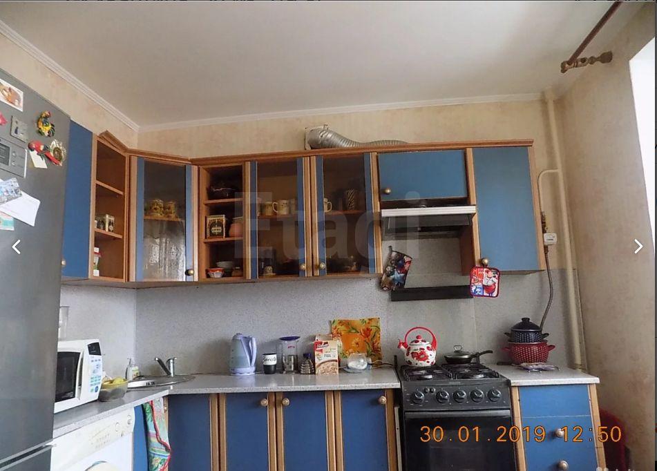 Продается двухкомнатная квартира за 2 900 000 рублей. Коммунистический мкр, ул. Коммунистическая, д. 94 (2.1 км до центра).