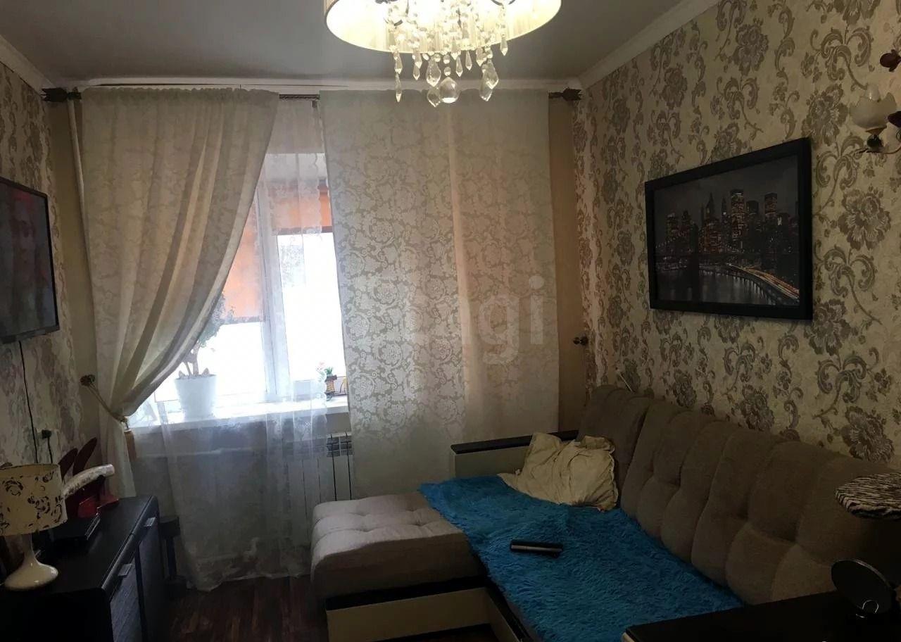 Продается двухкомнатная квартира за 2 150 000 рублей. Северный, ул. Богдана-хмельницкого пр-т, д. 207 (6.8 км до центра).