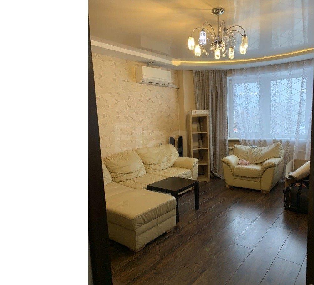 Продается двухкомнатная квартира за 2 400 000 рублей. Новоильинский, ул. Рокоссовского, д. 19а (16.5 км до центра).