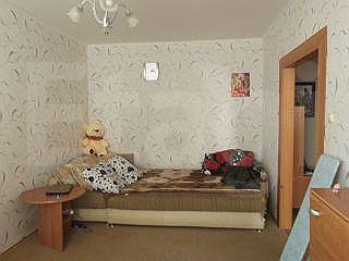 Продается однокомнатная квартира за 1 700 000 рублей. Заводской, ул. Кромская, д. 10 (5.5 км до центра).