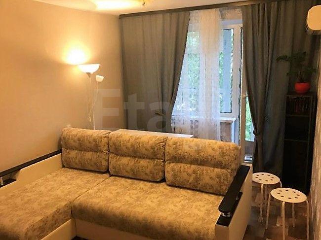 Продается двухкомнатная квартира за 1 750 000 рублей. Микрорайон 30, ул. 87-я Гвардейская, д. 69 (7 км до центра).
