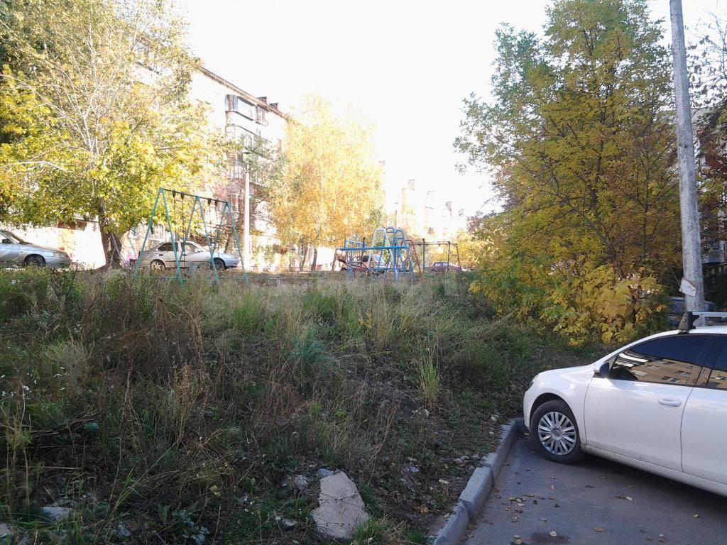 Продается двухкомнатная квартира за 1 310 000 рублей. Автозавод, ул. 8 Марта, д. 161 (1.3 км до центра).