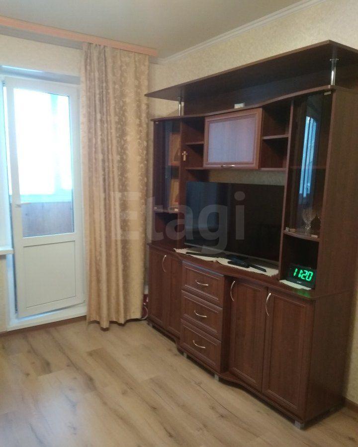 Продается однокомнатная квартира за 2 900 000 рублей. Московский, ул. Маршала Казакова, д. 8 (4.8 км до центра).