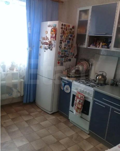 Продается двухкомнатная квартира за 2 150 000 рублей. Северный, ул. Металлургов, д. 21 (6.8 км до центра).