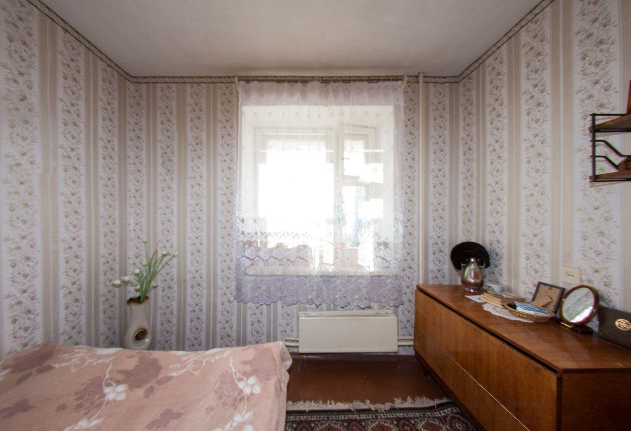 Продается четырехкомнатная квартира за 2 100 000 рублей. Центральный, ул. Ефремова, д. 62.