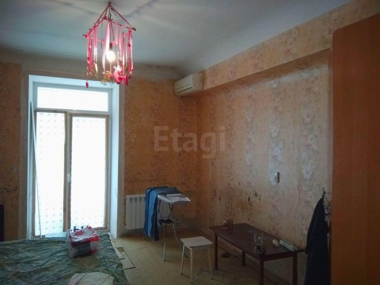 Продается однокомнатная квартира за 1 350 000 рублей. Тракторозаводский, ул. Дзержинского, д. 19 (12.3 км до центра).