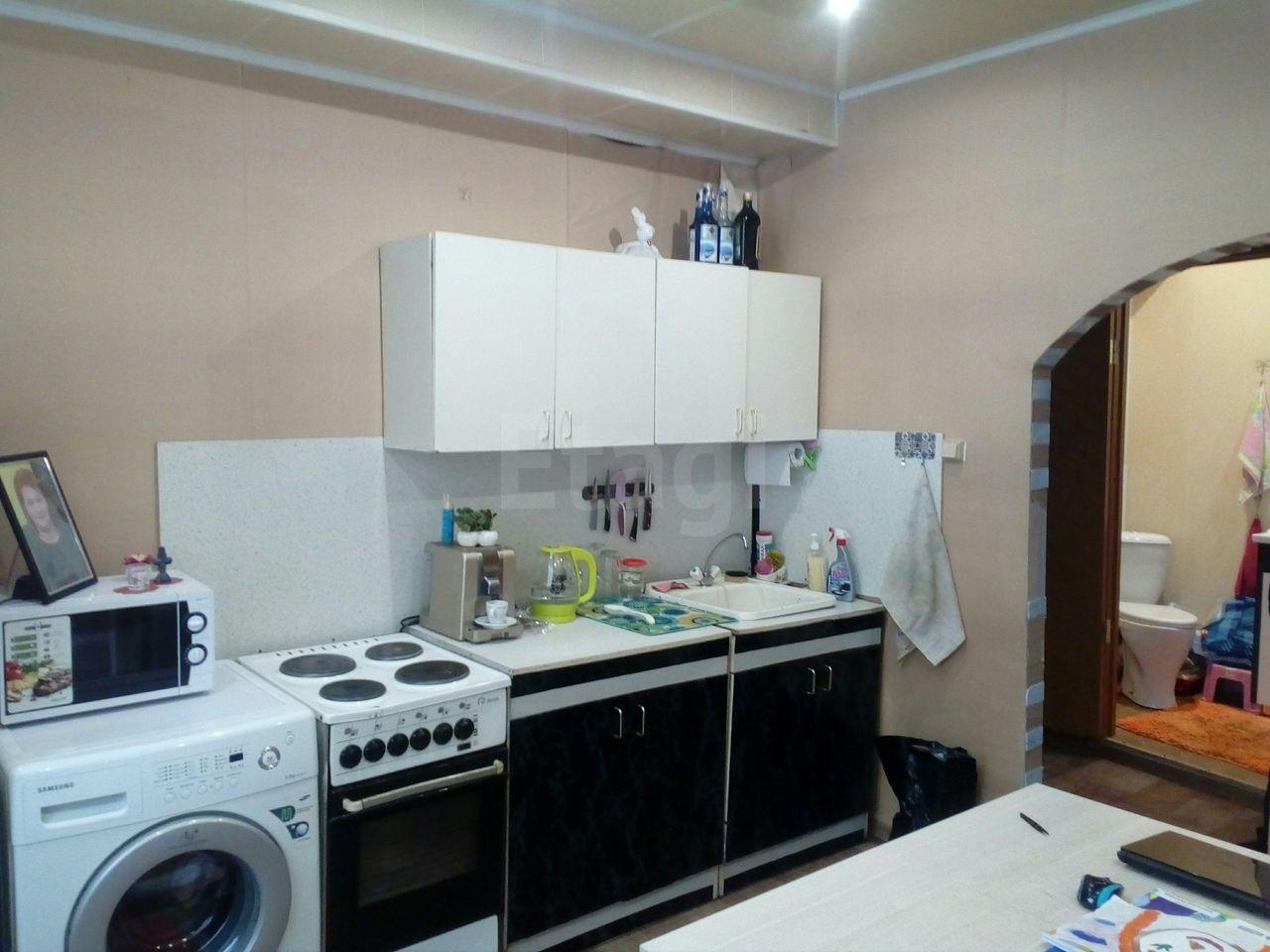 Продается двухкомнатная квартира за 1 150 000 рублей. Вагонка, ул. Правды, д. 19 (8.2 км до центра).