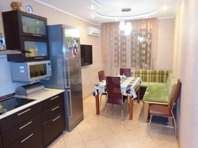 Продается однокомнатная квартира за 4 600 000 рублей. 32 мкр., ул. Пролетарский проспект, д. 11 (2.4 км до центра).