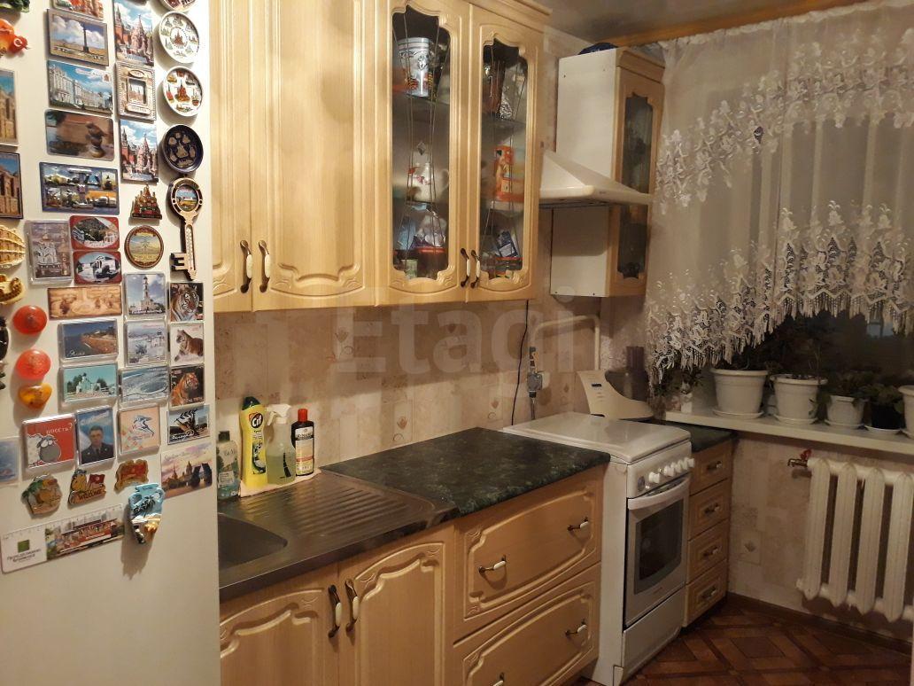 Продается двухкомнатная квартира за 4 100 000 рублей. Авиапорт, ул. Можайского, д. 17 к6 (6 км до центра).