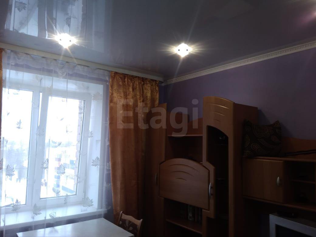 Продается однокомнатная квартира за 550 000 рублей. Михайловский мкр, ул. Худайбердина, д. 73 (1.3 км до центра).