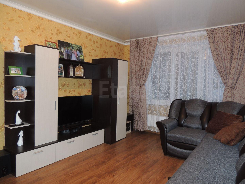 Продается трехкомнатная квартира за 2 750 000 рублей. г Москва, Коммунистический пер, д 200.