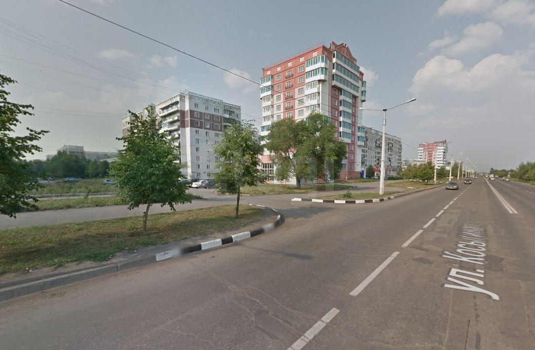 Продается двухкомнатная квартира за 2 100 000 рублей. Новоильинский, ул. Косыгина, д. 65 (15.4 км до центра).