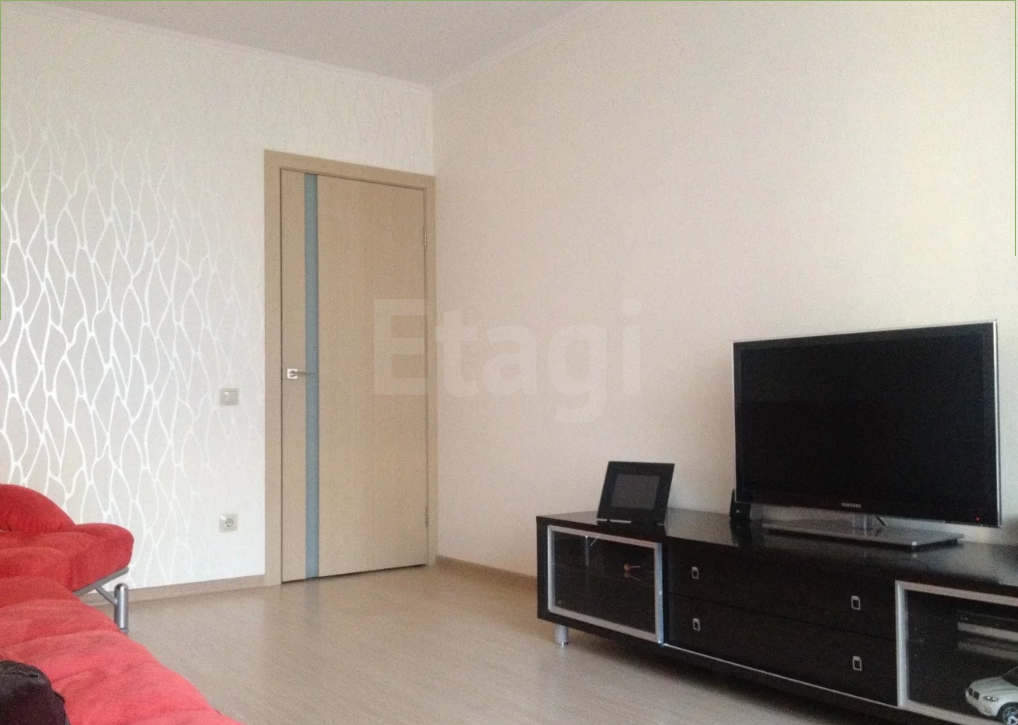 Продается однокомнатная квартира за 3 447 000 рублей. Дзержинский, ул. Парковый пр., д. 1а (5.8 км до центра).