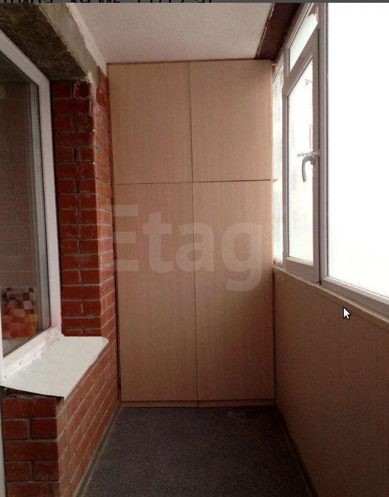 Продается однокомнатная квартира за 2 450 000 рублей. Свердловский, ул. Холмогорская, д. 4б (4.1 км до центра).