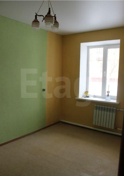 Продается однокомнатная квартира за 830 000 рублей. Автозавод, ул. 8 Июля, д. 7 (1.5 км до центра).