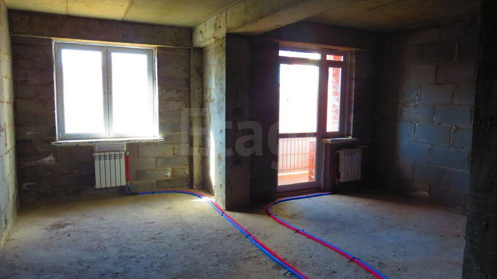 Продается двухкомнатная квартира за 3 090 000 рублей. Свердловский, ул. Маршала Конева, д. 38 к2 (3.7 км до центра).