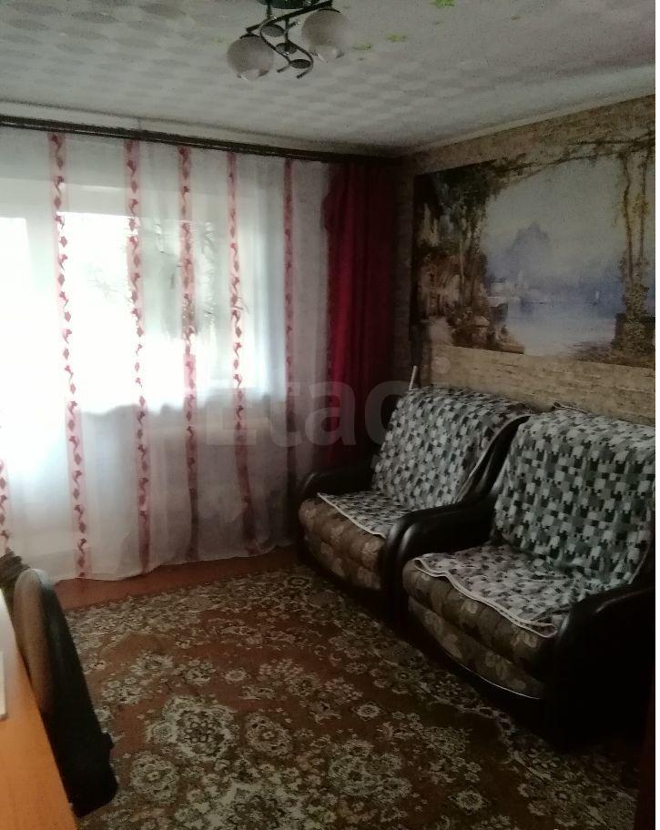 Продается двухкомнатная квартира за 800 000 рублей. Куйбышевский, ул. Спортивная, д. 10 (9.6 км до центра).