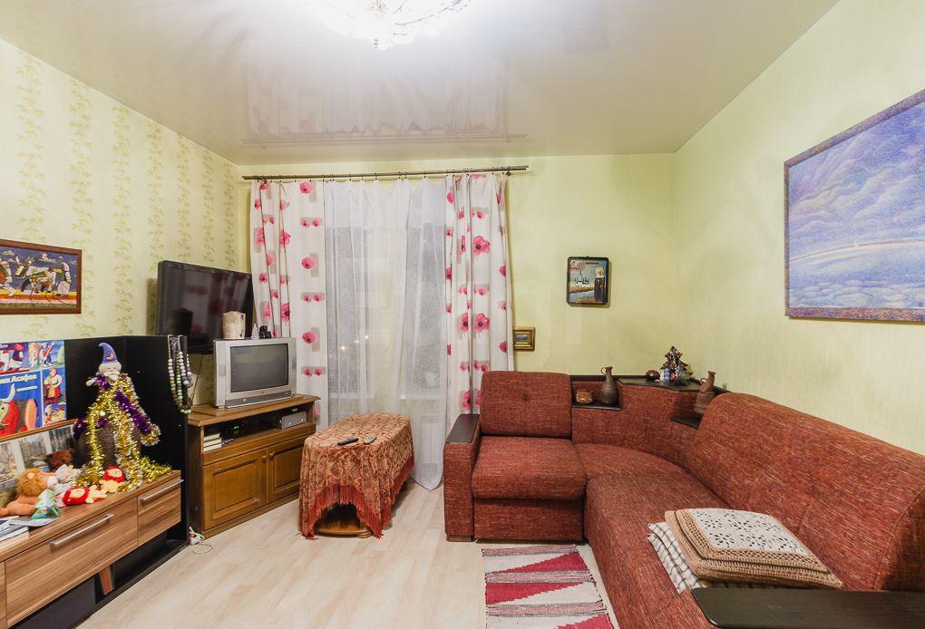Продается однокомнатная квартира за 2 750 000 рублей. Прибрежный, ул. Леденцова, д. 11а (1.6 км до центра).