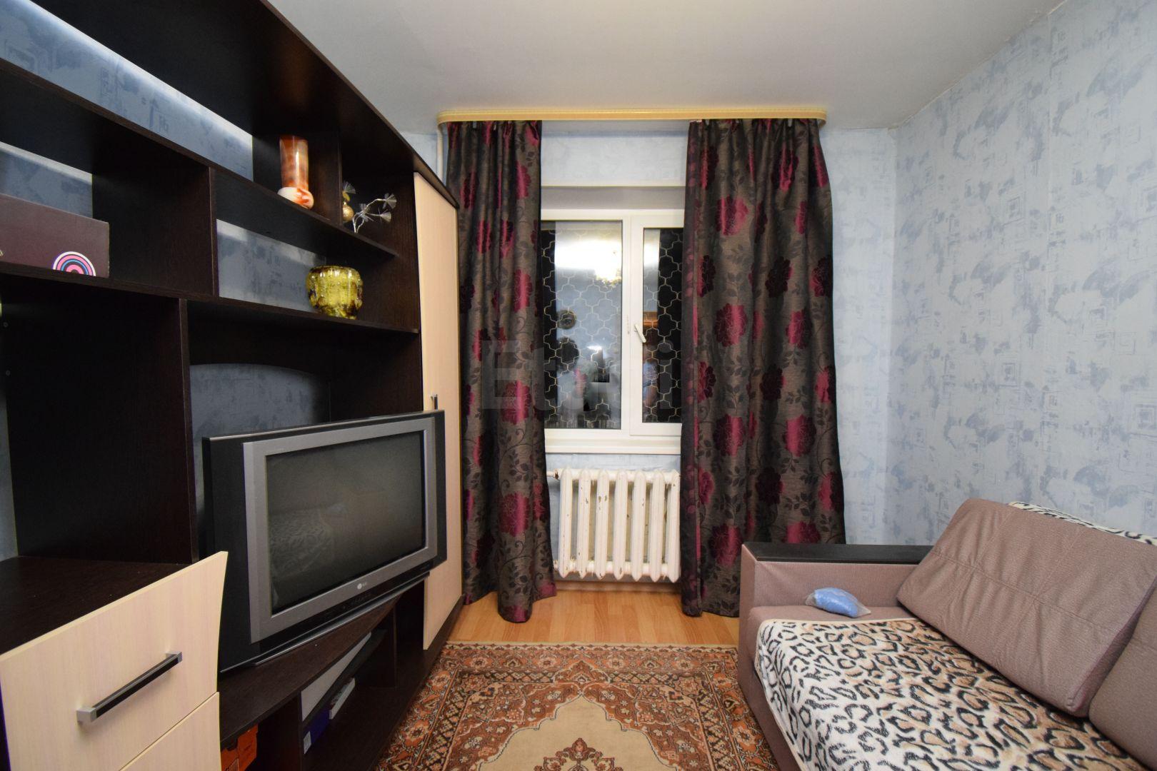 Продается однокомнатная квартира за 1 630 000 рублей. 3 мкр., ул. Доронина (1.6 км до центра).