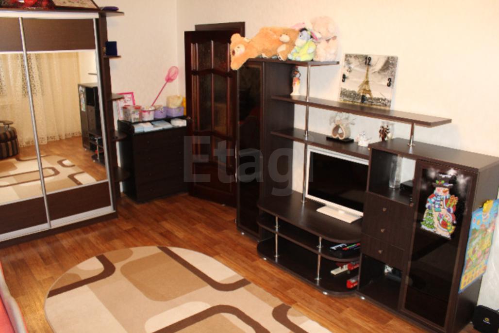Продается однокомнатная квартира за 1 850 000 рублей. Северный, ул. Металлургов, д. 19б (7 км до центра).