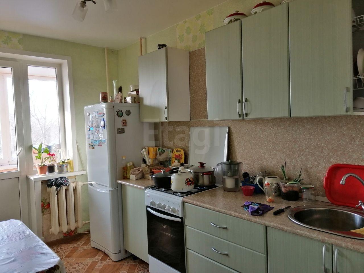 Продается трехкомнатная квартира за 2 500 000 рублей. г Москва, ул Промышленная, д 28.