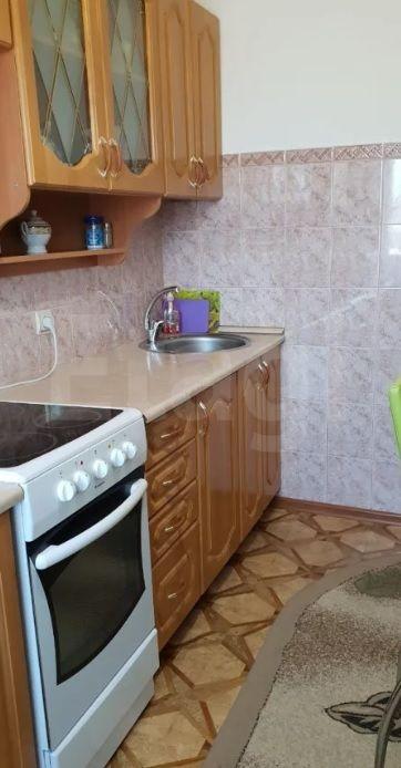 Продается трехкомнатная квартира за 3 100 000 рублей. Шишковка, ул. Революции 1905 года, д. 104 (1.5 км до центра).