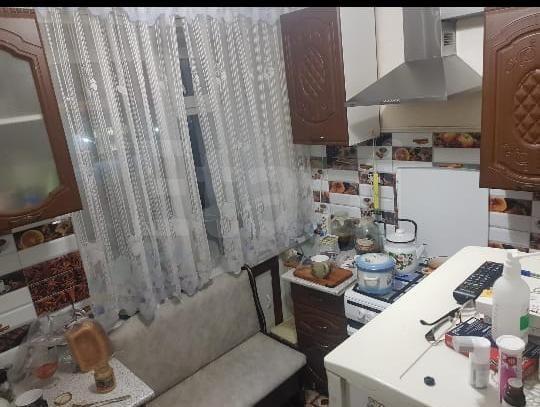 Продается однокомнатная квартира за 3 300 000 рублей. Площадь Орджоникидзе, ул. Орджоникидзе, д. 33 (0.3 км до центра).