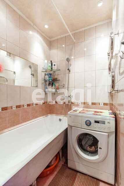 Продажа 3-комнатной квартиры, Комсомольск-на-Амуре, Гамарника,  19 к 7
