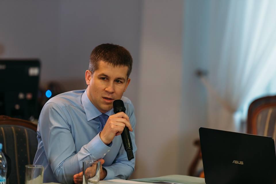Сергей Колесников_Брусника (1).jpg