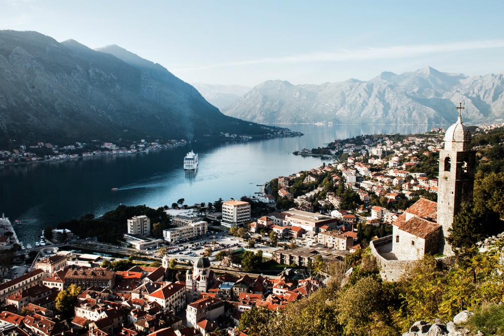 Недвижимость за рубежом черногория дом аляска